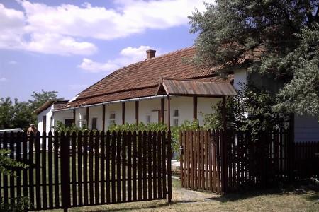 kiadó apartman a Tisza-tónál, vendégház a Tiszánál, horgászat a Tisza-tónál, kajak- és kenubérlés a Tisza-tónál
